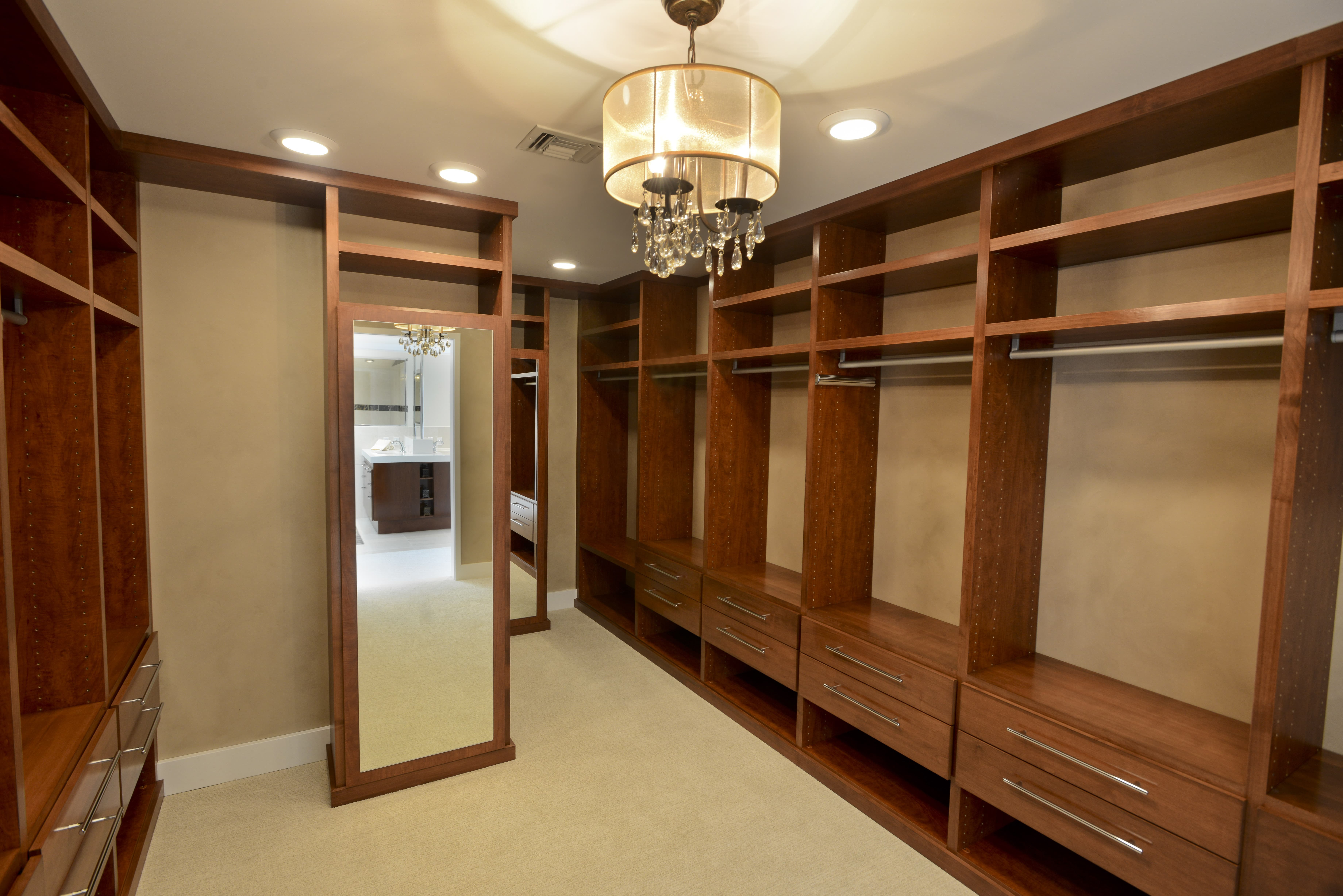 closets s designs his secrets shares news top denver crain by closet article design lisa la adams