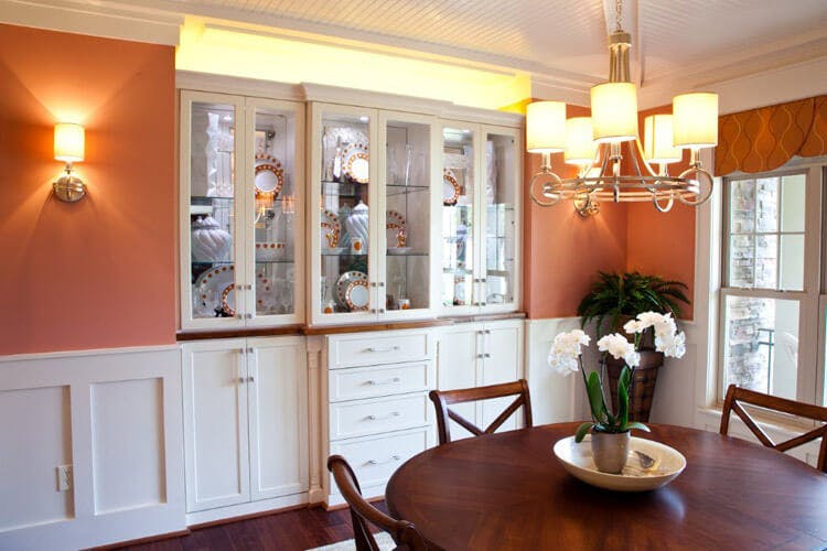 Built in china cabinet_Closet Factory