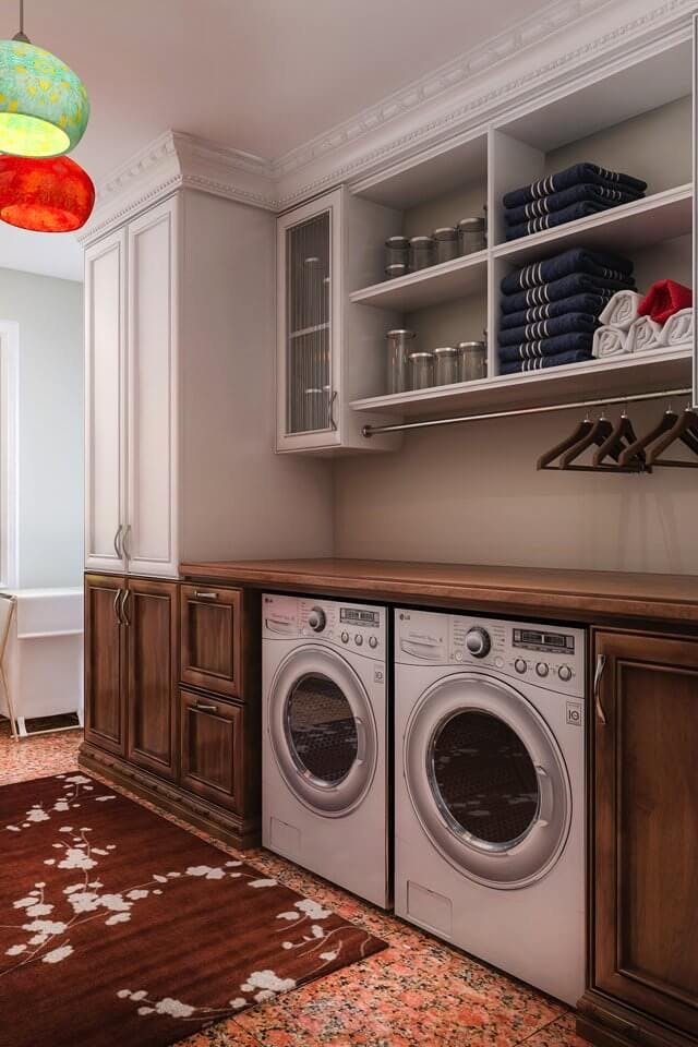 large-family-laundry-room5