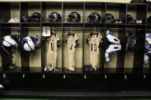 Peninsula HS locker room1_Closet Factory