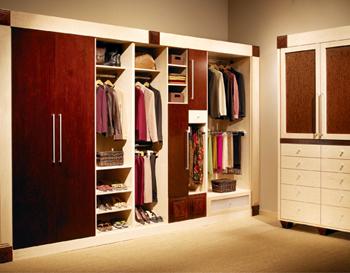 timeless modern custom closet style