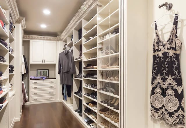 Walk-In Closet Closet Factory