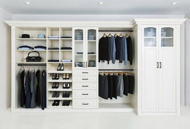 How to Properly Hang Clothes in Your Closet