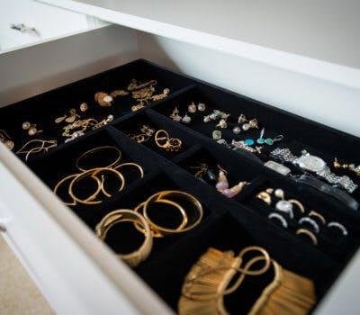 Pinterest-Inspired DIY Jewelry Storage Designs