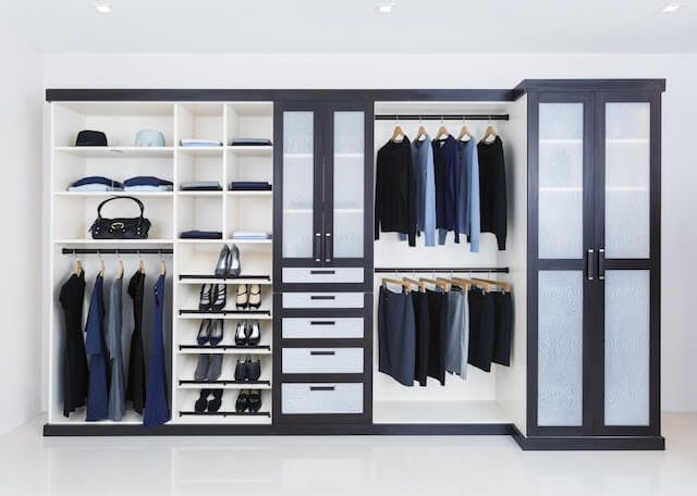 Reach-In Closet Closet Factory