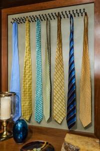 Tie Rack Closet Factory