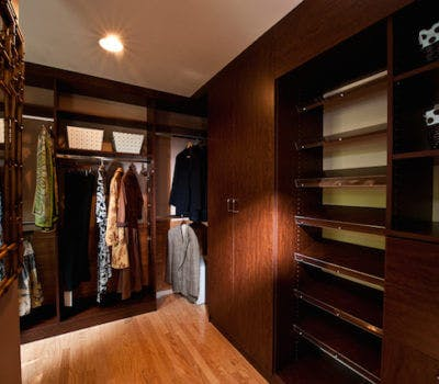 Custom Closets: The New Status Symbol