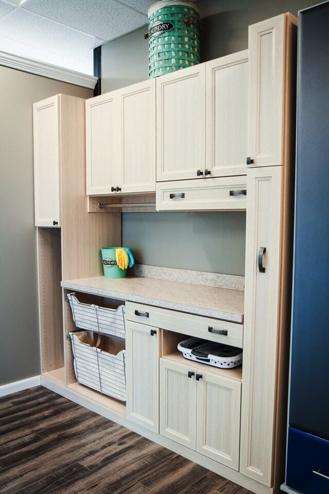 large-family-laundry-room1