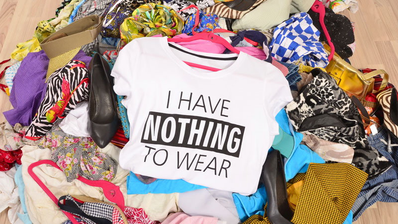 Kick Your Closet Clutter to the Curb