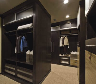 7 Ways a Custom Closet Can Simplify Your Morning Routine