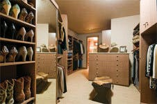 Design Your Walk In Closet Around Your Favorite Furniture