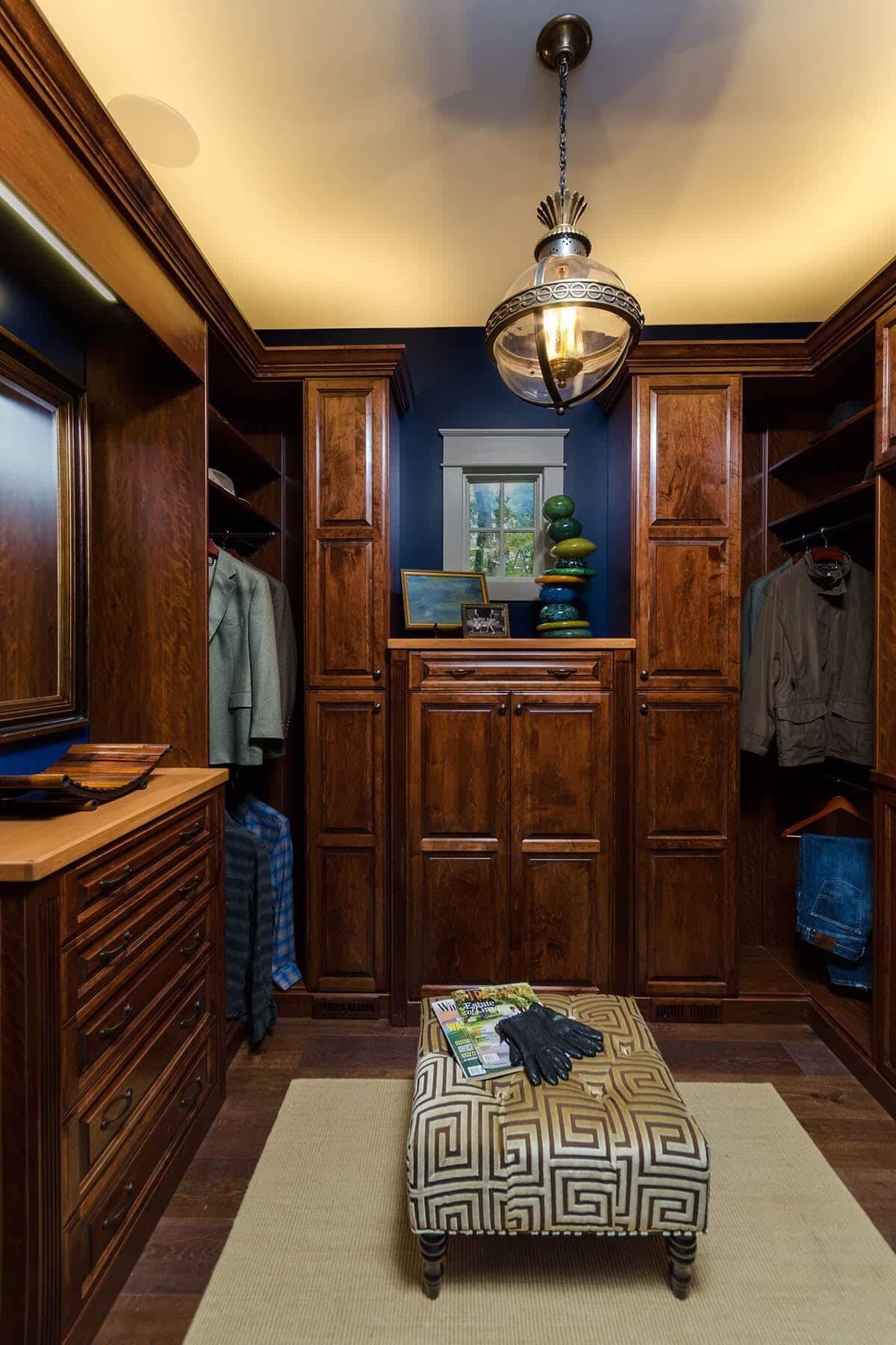 Mans Wood Walk In Wardrobe Closet ...