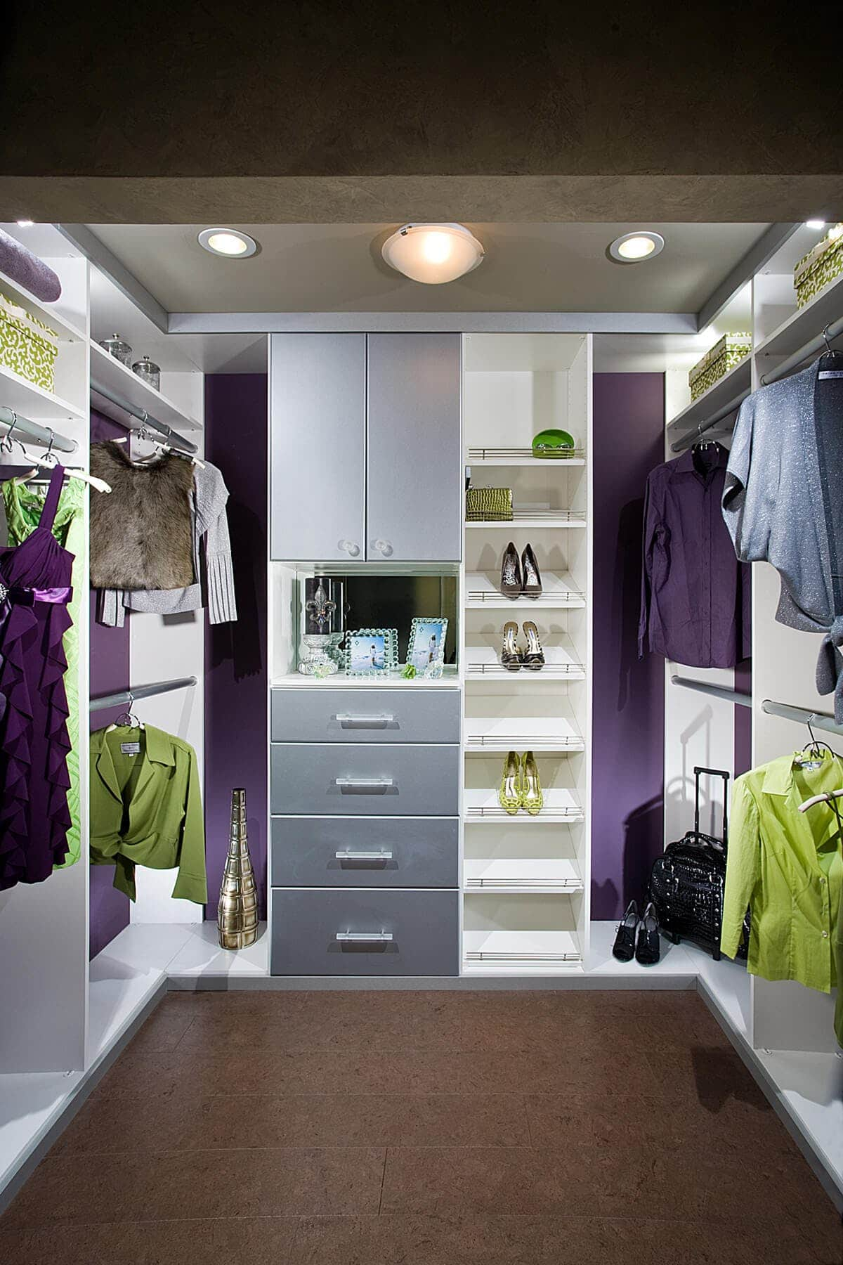 Small Walk In Closet System White