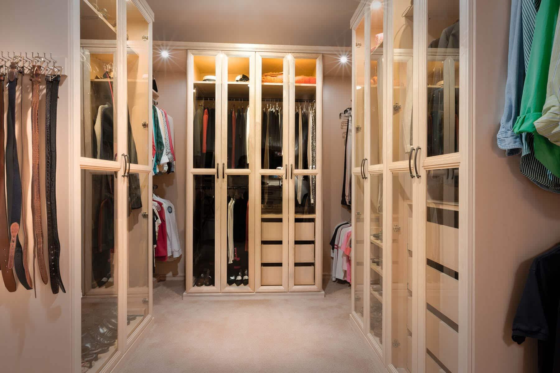 Maple Walk In Closet ...