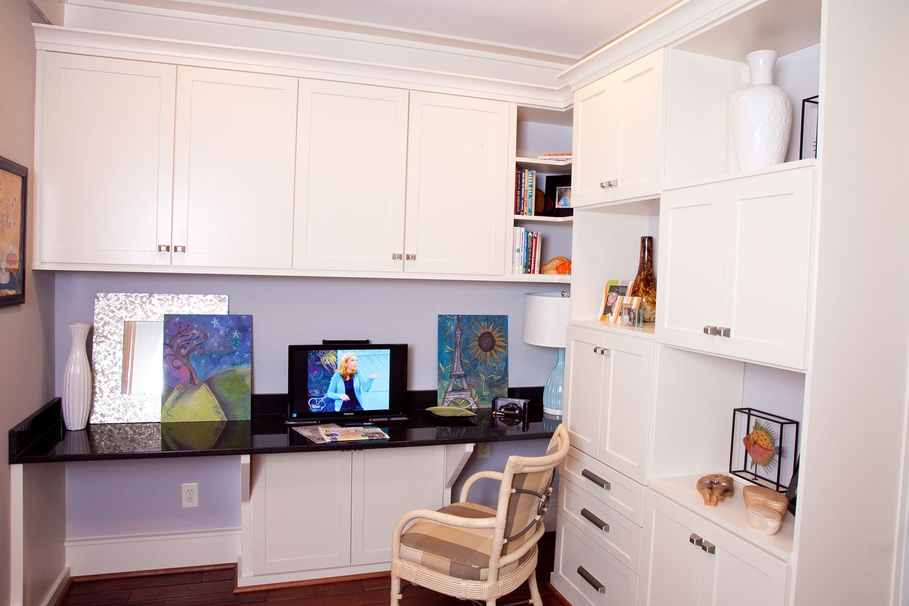 Compact Home Office In White