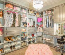 grey closet with pink pouf