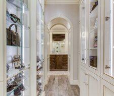 Master Suite Reatil Showcase Display For Handbags